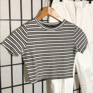 Forever 21 crop top size S